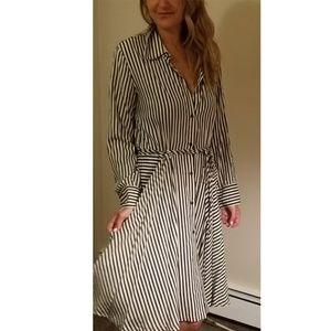 NORMA KAMALI NAVY STRIPED SHIRT DRESS